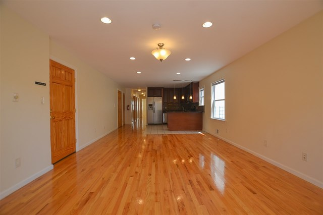 114 Westover Place West New York, NJ 07093