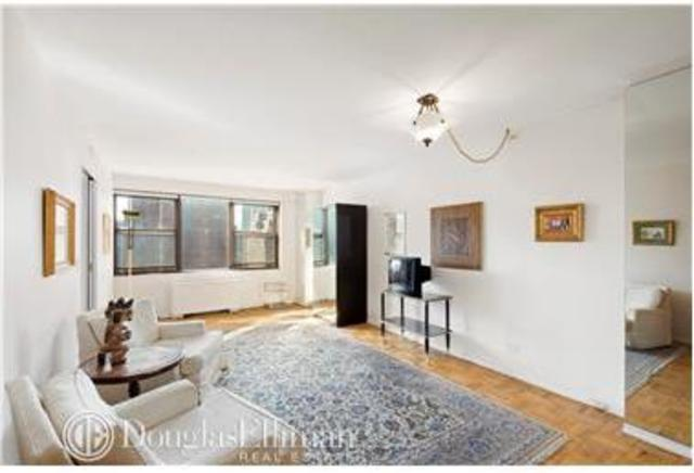 200 East 27th Street, Unit 12A Image #1