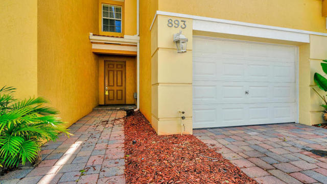 893 Pipers Cay Drive West Palm Beach, FL 33415