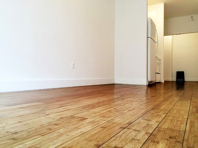 336 West 19th Street, Unit 4D Image #1