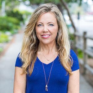 Helen Holloway, Agent in San Diego - Compass