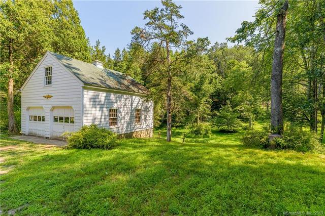 134 Hanover Road Newtown, CT 06470
