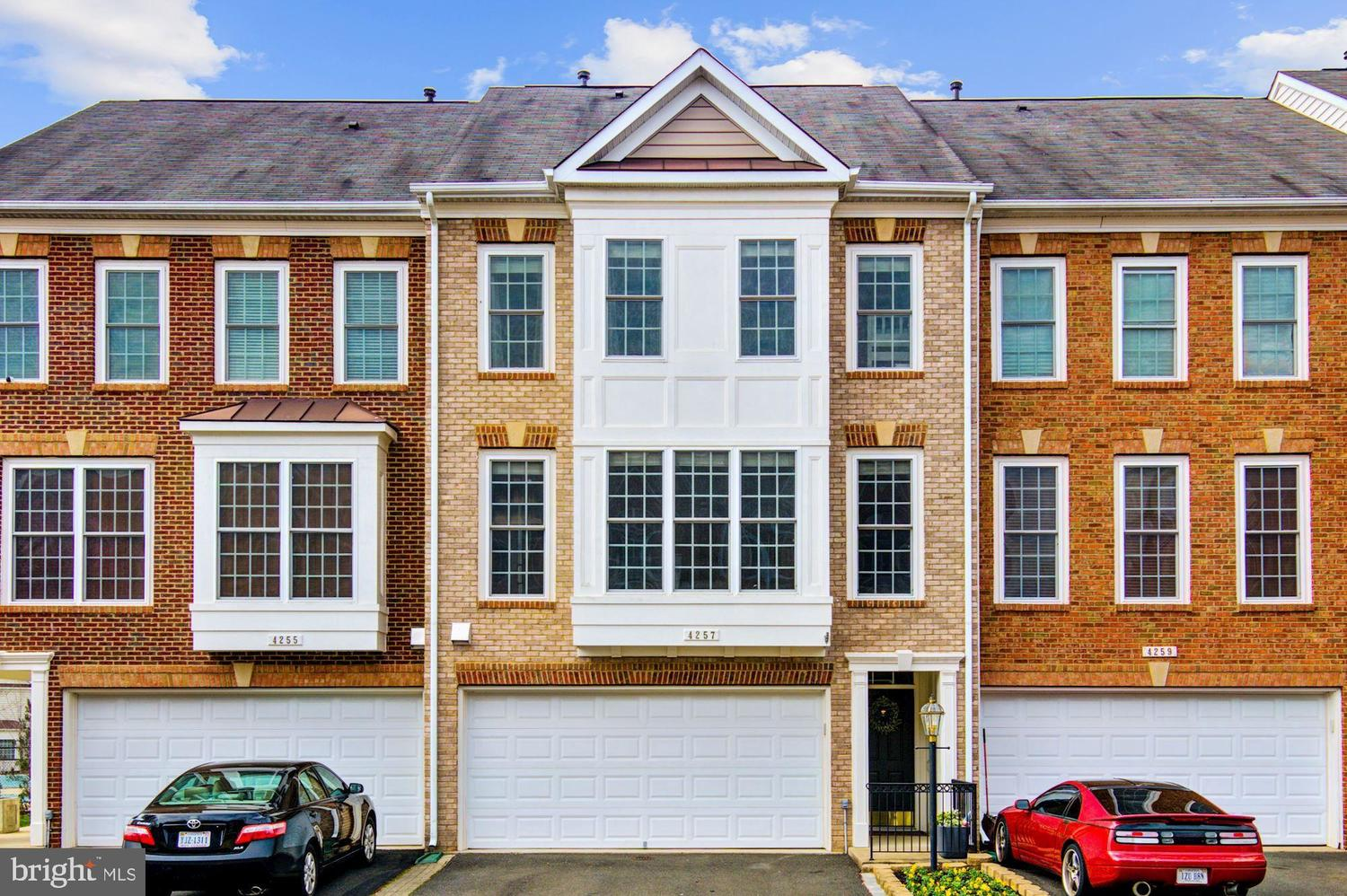 4257 Hudson River Court Dumfries, VA 22025