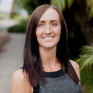 Angela Crane,                     Agent in San Diego - Compass