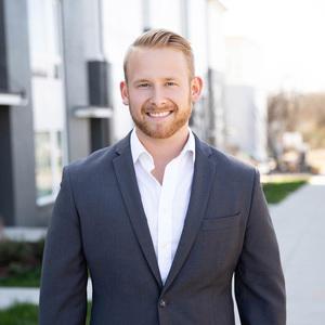 Hunter Moore, Agent in Nashville - Compass