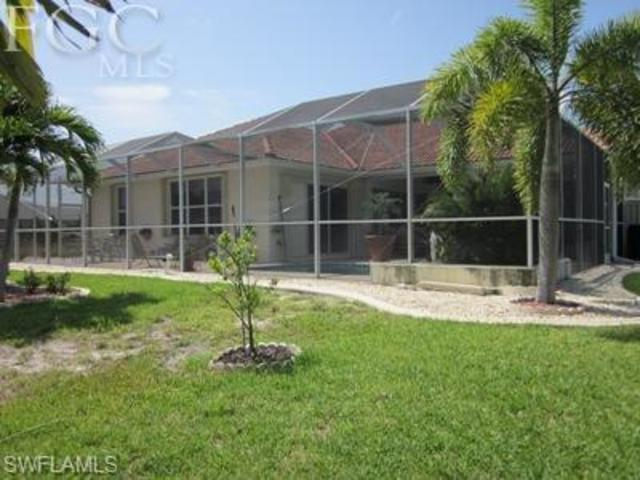 161 Southeast 17th Street Cape Coral, FL 33990