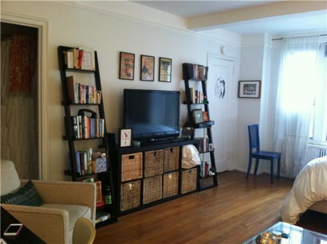 299 West 12th Street, Unit 10L Image #1