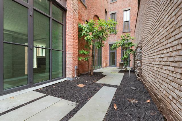 215 Sullivan Street Interior Photo