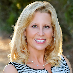 Felicia Lewis,                     Agent in San Diego - Compass