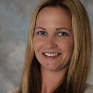 Amber Hansen-Harris,                     Agent in San Francisco - Compass