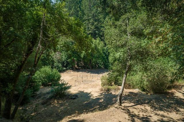 25980 Highland Way Los Gatos, CA 95033