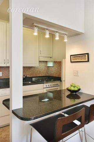 415 East 80th Street, Unit 5N Image #1