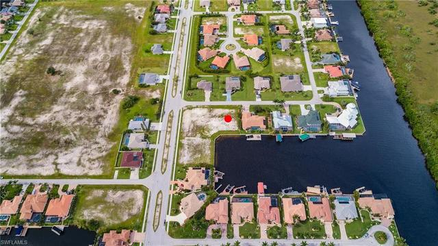 2807 Southwest 43rd Lane Cape Coral, FL 33914