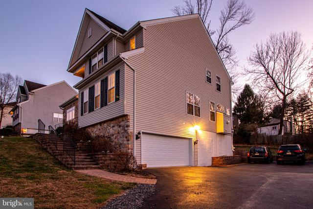 7 Mill Ridge Drive Aston, PA 19014