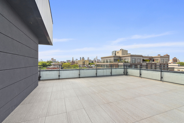 322 Gates Avenue, Unit 5B Brooklyn, NY 11216