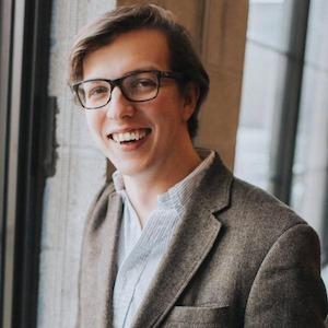 Alex Dwyer, Agent in Chicago - Compass