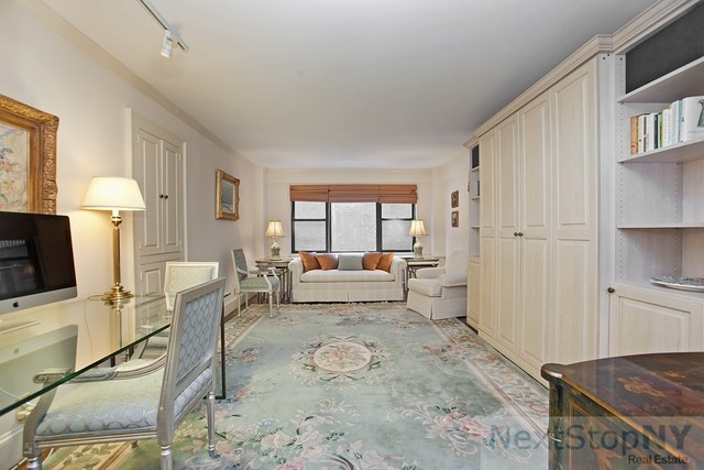 333 East 55th Street, Unit 4C Image #1