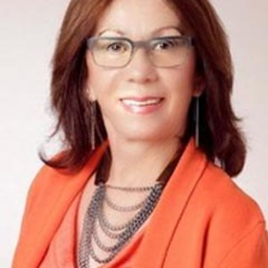 Lorrie French,                     Agent in San Francisco - Compass