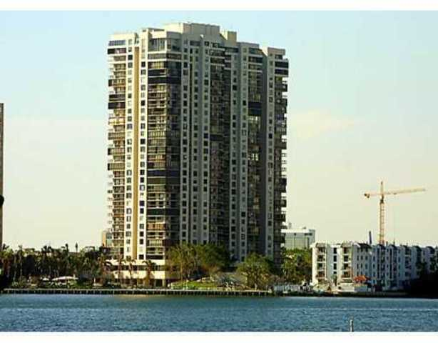 2333 Brickell Avenue, Unit 2602 Image #1