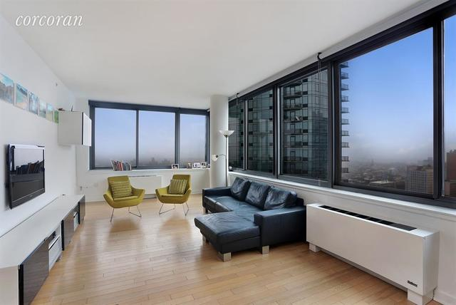 230 Ashland Place, Unit 28D Image #1