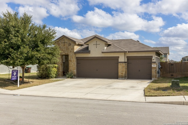 7918 Genesse Creek San Antonio, TX 78254