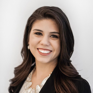 Isabel Valle,                     Agent in Seattle - Compass
