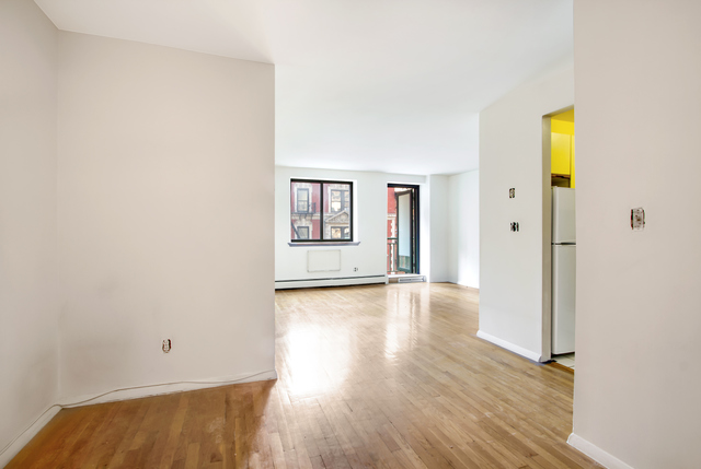325 West 51st Street, Unit 5A Image #1
