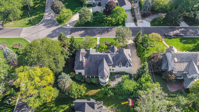805 West Hickory Street Hinsdale, IL 60521