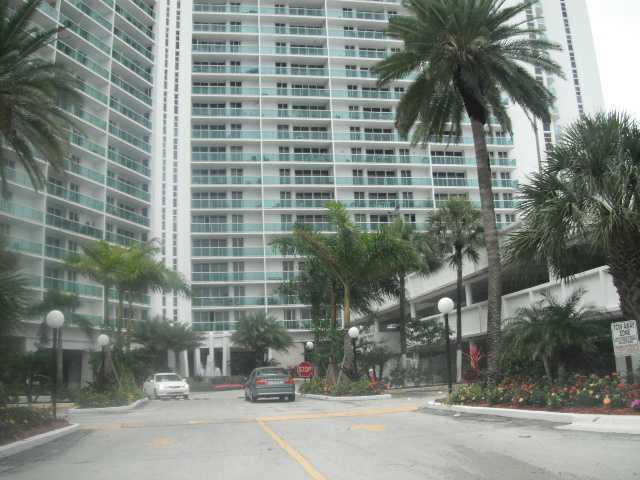 100 Bayview Drive, Unit 722 Image #1