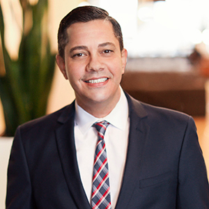 Gregory Valvo, Agent in NYC - Compass