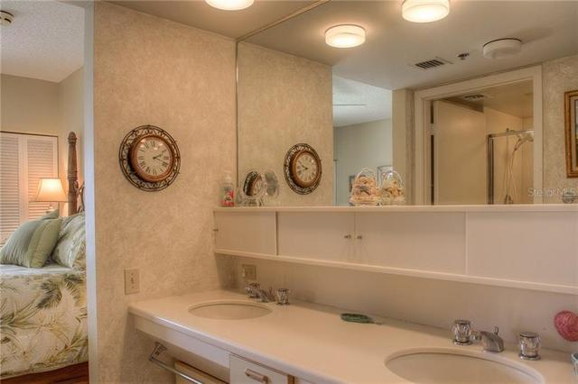 2109 Gulf Of Mexico Drive, Unit 1402 Longboat Key, FL 34228