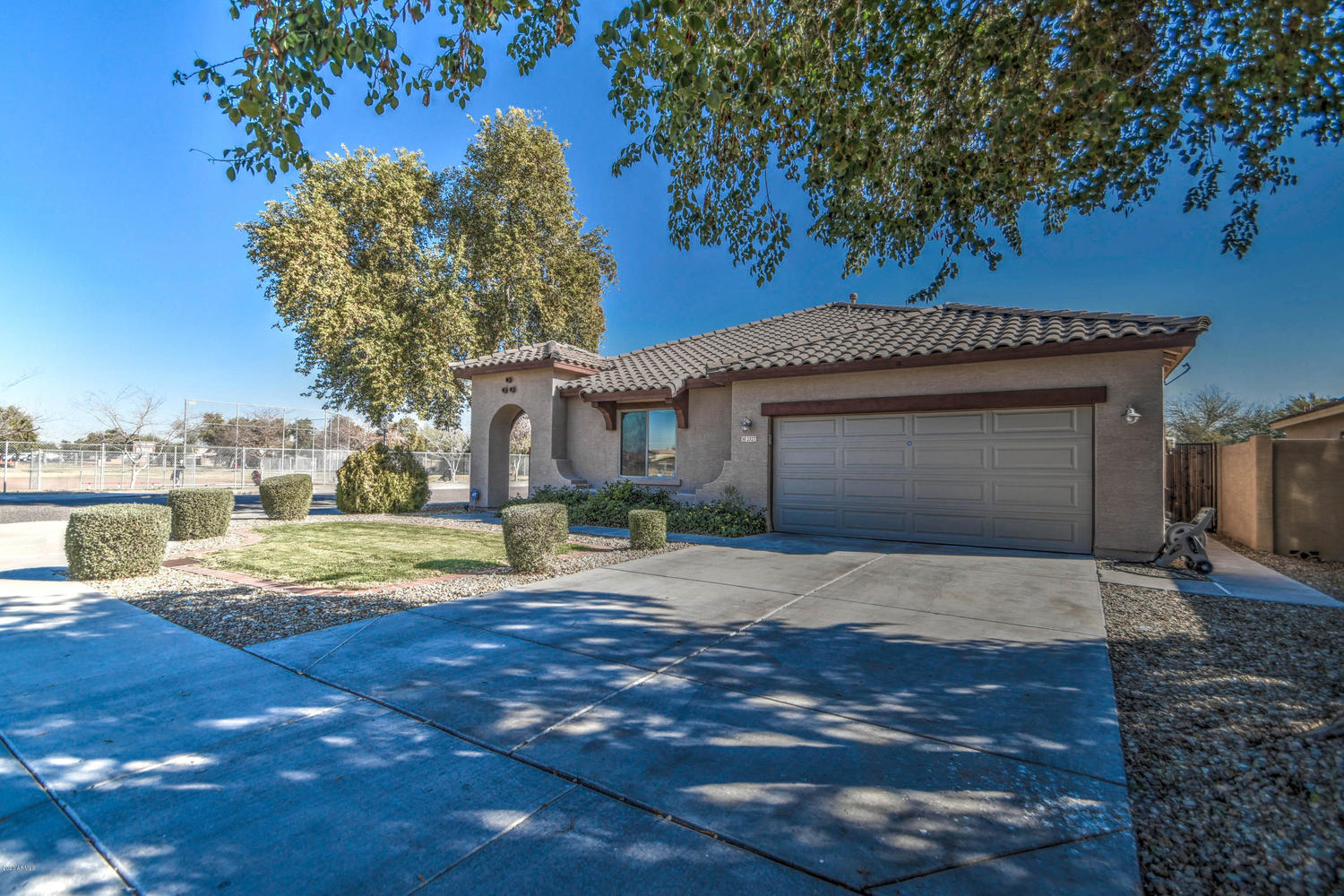 2327 South 87th Drive Tolleson, AZ 85353