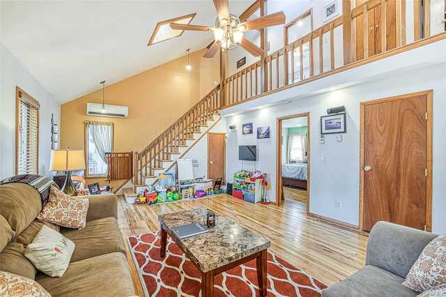 22 Rugby Drive West Shirley, NY 11967