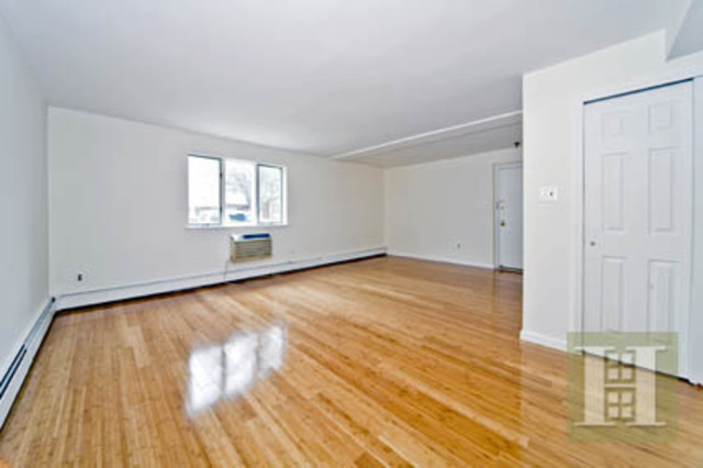 2628 East 26th Street, Unit 1B Image #1