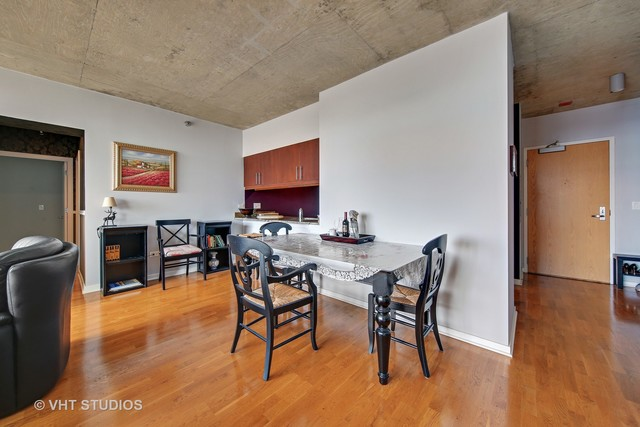 611 South Wells Street, Unit 2609 Chicago, IL 60607