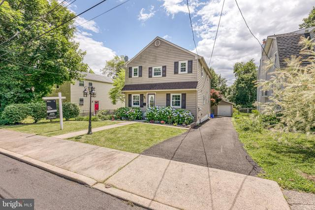 242 East Monument Avenue Hatboro, PA 19040