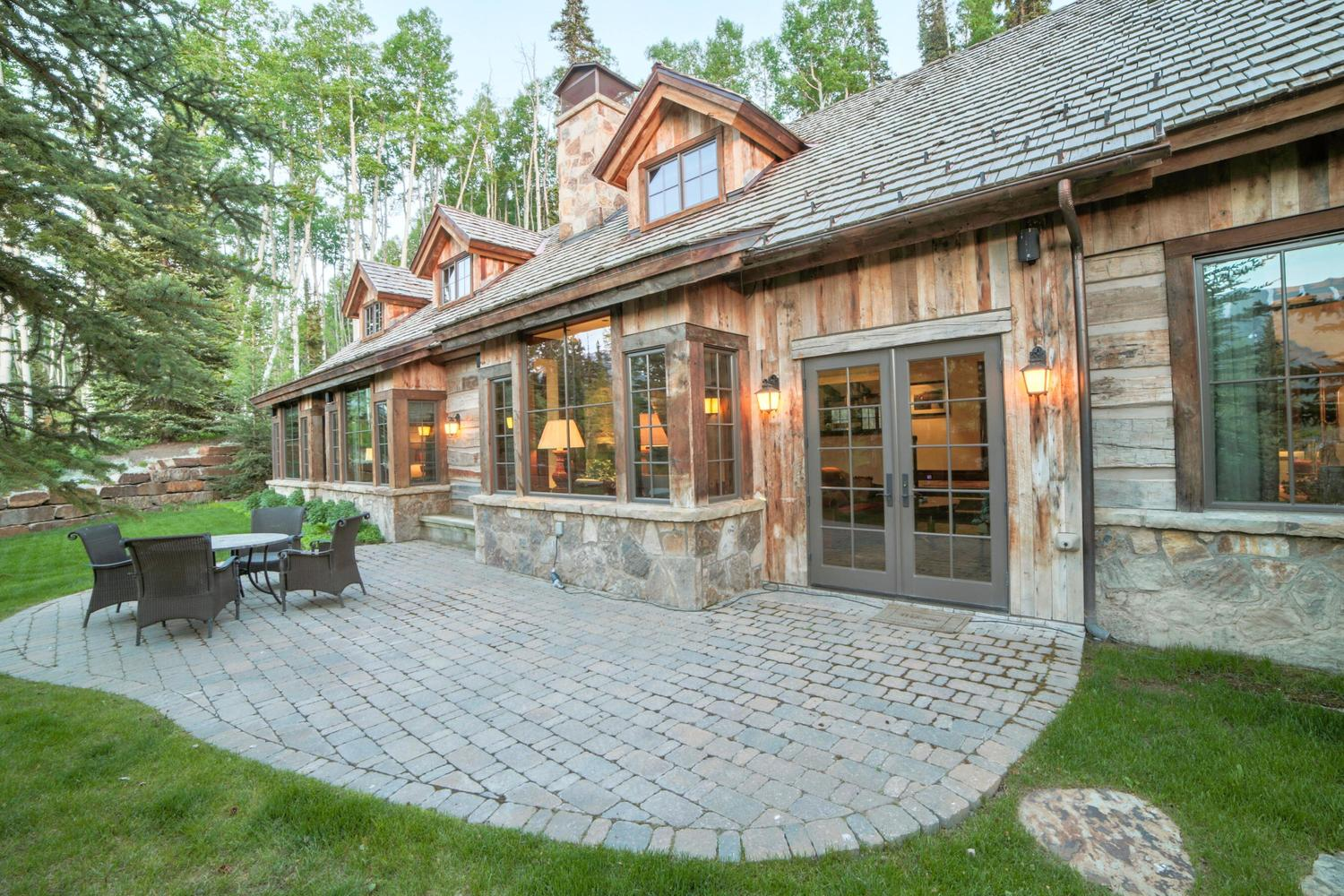 128 Victoria Drive Mountain Village, CO 81435