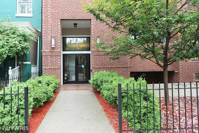 245 15th Street Southeast, Unit 204 Image #1