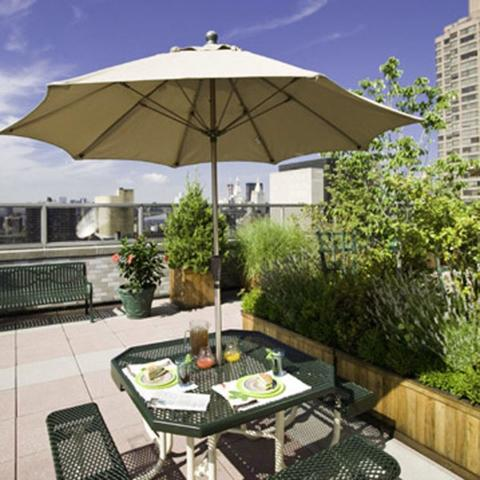 300 East 40th Street, Unit 24L Image #1