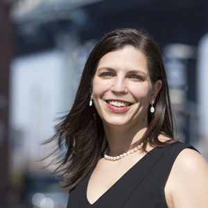 Sara Schwartz,                     Agent in NYC - Compass