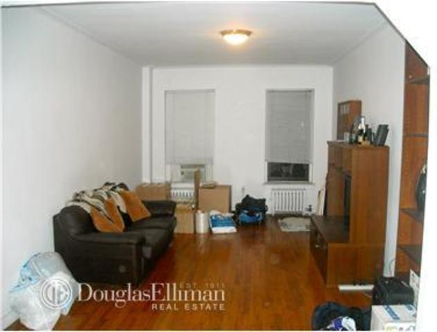 242 East 87th Street, Unit 2K Image #1