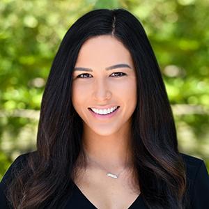 Megan Mariano,                       Agent in Miami - Compass