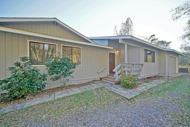 3071 12 Oaks Lane Placerville, CA 95667
