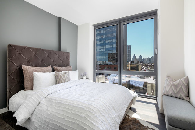 302 East 96th Street, Unit 1301 / 1302 Manhattan, NY 10128