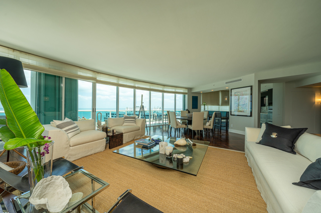 2127 Brickell Avenue, Unit 3402 Miami, FL 33129