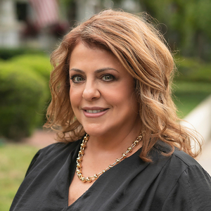 Laura Baccarella, Agent in Central Florida & Tampa Bay - Compass