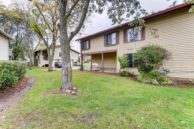 6 Grace Court, Unit 6 Bolingbrook, IL 60440