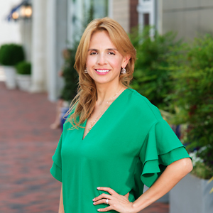 Lida Rippe,                     Agent in DC - Compass