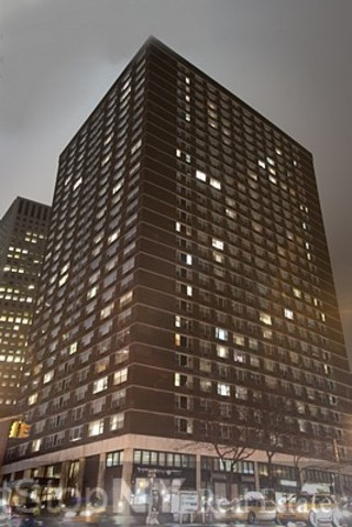 245 East 54th Street, Unit 18J Image #1