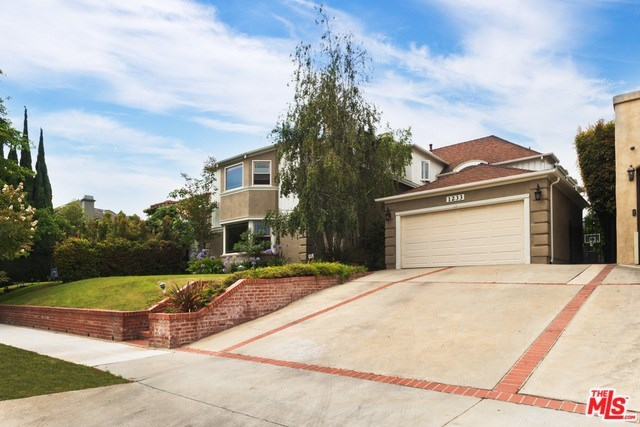 1233 South Camden Drive Los Angeles, CA 90035